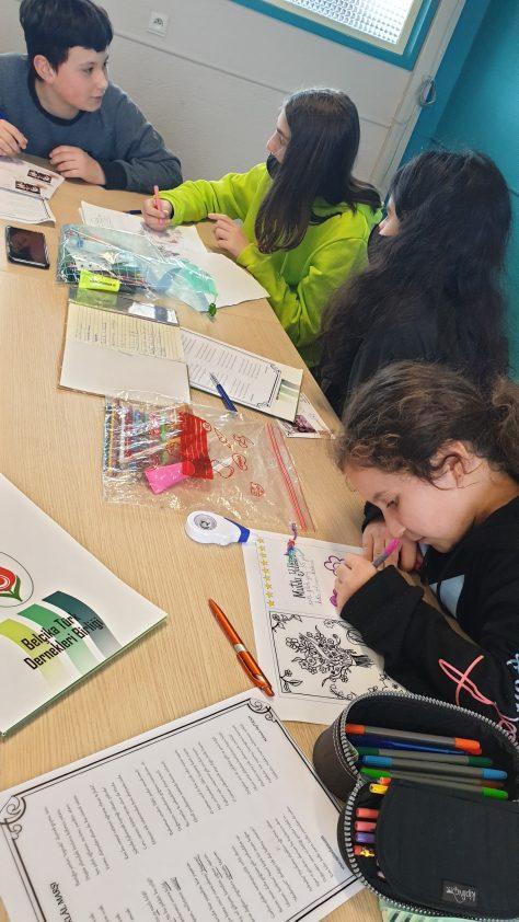 Houthalen ve Beringen Türkçe saati öğrencilerinden nene ve dedelerine güzel sözler